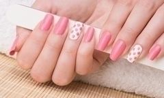 Desde 17 por manicure pedicure con opcion a shellac en manos con Nails Express - Groupon