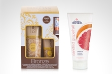 $11.990 en vez de $22.230 por kit Quick Tan autobronceante + Lip Balm hidratante + gel exfoliante. Incluye despacho - Groupon