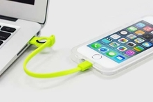 $299 por funda iluminable para iPhone 5/5S en color a elegir + cable cargador con envío - Groupon