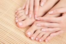 Desde $69 en vez de $180 por spa de manos y pies para 1 o 2 personas en Cheek to Cheek Spa - Groupon