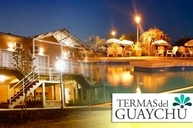 Descansa en Termas del Guaychu Entre Rios 2 noches para dos en Bungalows con entrada a las termas y acceso a las piletas del complejo