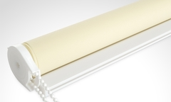 Desde $8.990 por cortina roller screen marca Decoramás en color beige con despacho incluido. Elige medida - Groupon