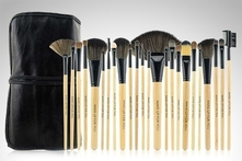 $599 en vez de $2.500 por set de 24 brochas marca Make Up For You. Incluye envío - Groupon