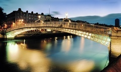 Dublin 1 o 2 semanas de curso de ingles general para 1 pers en Irish College of English alojamiento media pension - Groupon