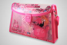 Set Barbie Maquilladora Cartera Barbie con accesorios